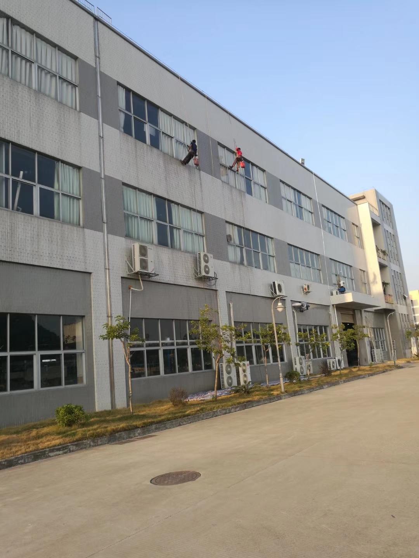 东莞工厂外墙清洗案例